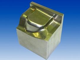 単発型の金型01